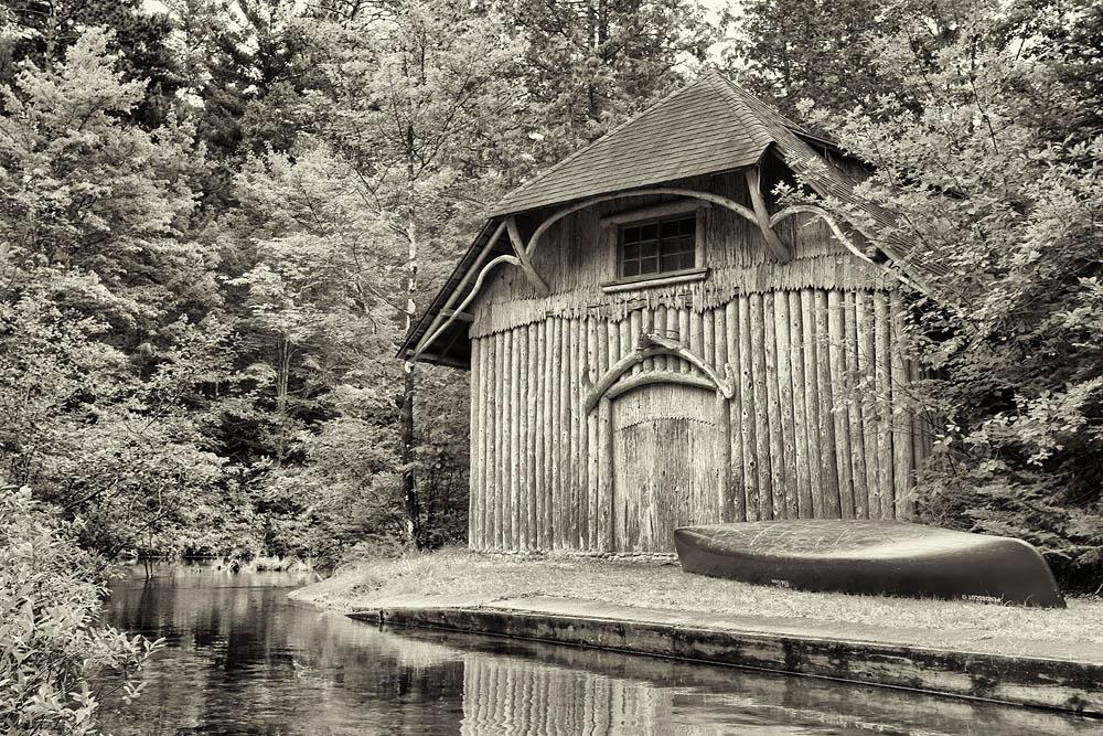 Canoe, River, Boat House