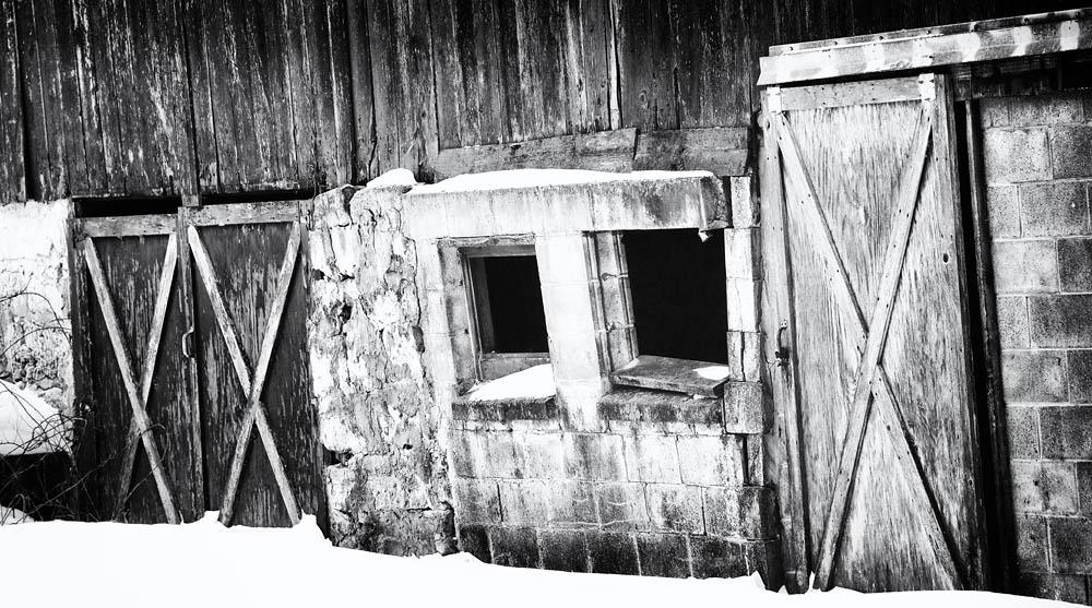 Barn, Barn Door, Barn Window, Old Barn