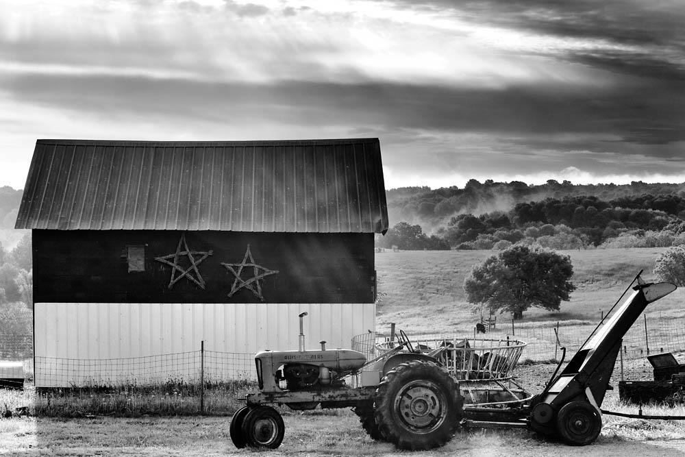 Tractor, Barn, barn and tractor